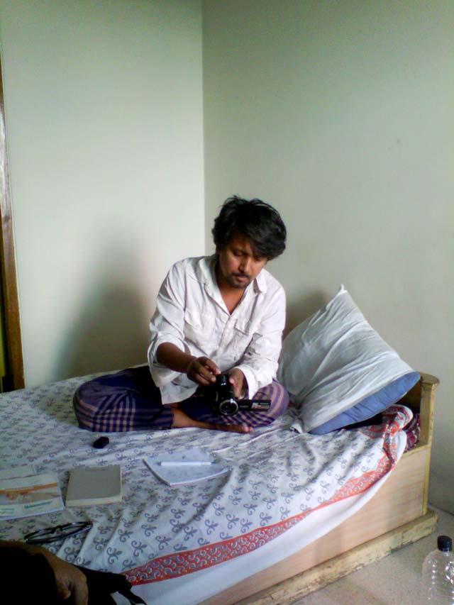 ব্রাত্য রাইসু, ৫ জুলাই ২০১৩, পান্থপথ, ঢাকা।